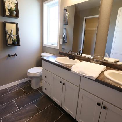 Vander Berg Furniture & Flooring - Complimentary Design